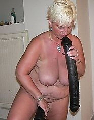 Chubby mature toy loving slut