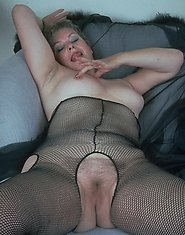 This older dame loves to play around