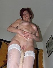 This mature slut loves to get nasty on her own