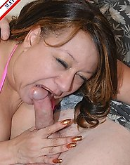 This American matrue slut just loves cock