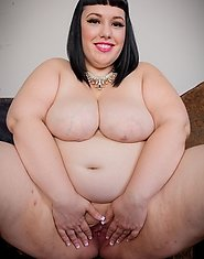 Today we're back with the smoking hot plumper babe Alexxxis Allure. This chubby vixen is the total package. She has big natural tits, a fat pussy