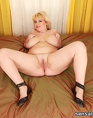 This hot blonde bbw babe by the name of Poppy was all that could distract our male friend from his treasured motorcycle. With plumper curved like that