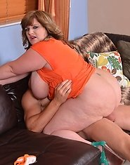 It's been a long time since we've seen Veronica Vaughn, the young and super cute BBW superstar here on Plumper Pass. Veronica is back for so