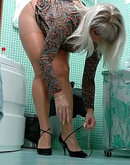 Taking shower ends up with doggystyle frenzy for mature chick in lacy hose