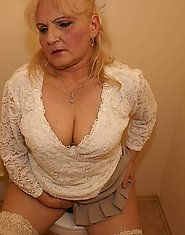 Granny love the mature gloryhole